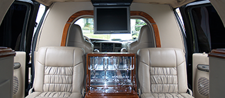 rent a Ford Excursion